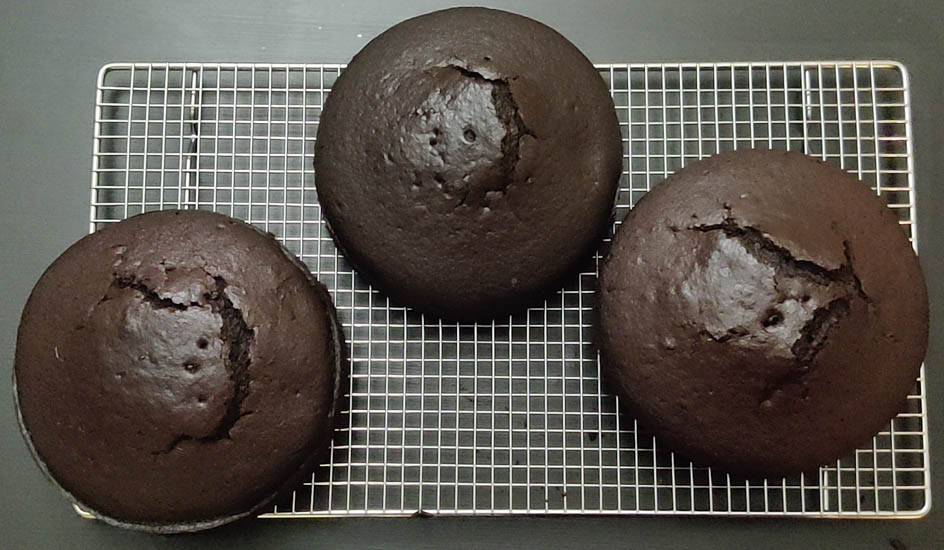 3 cakes cooled on wire rack
