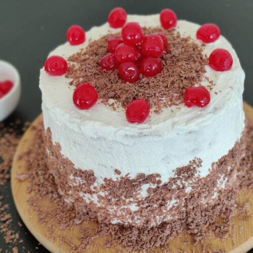 How To Make An Easy Eggless Black Forest Cake