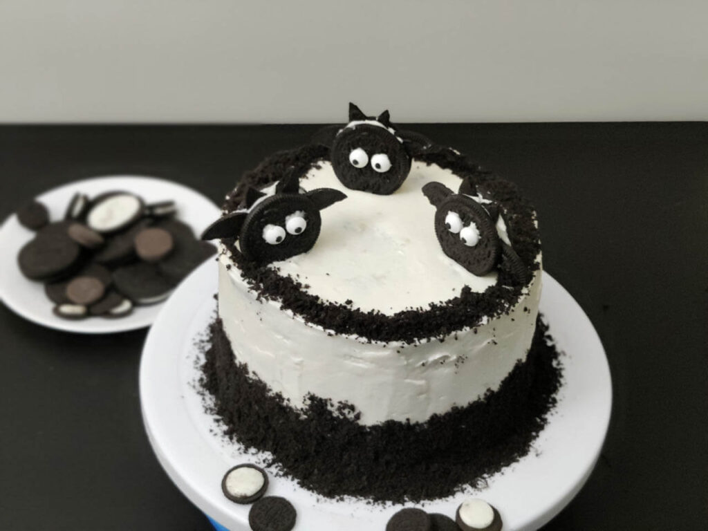 oreo-biscuit-cake-featured-image