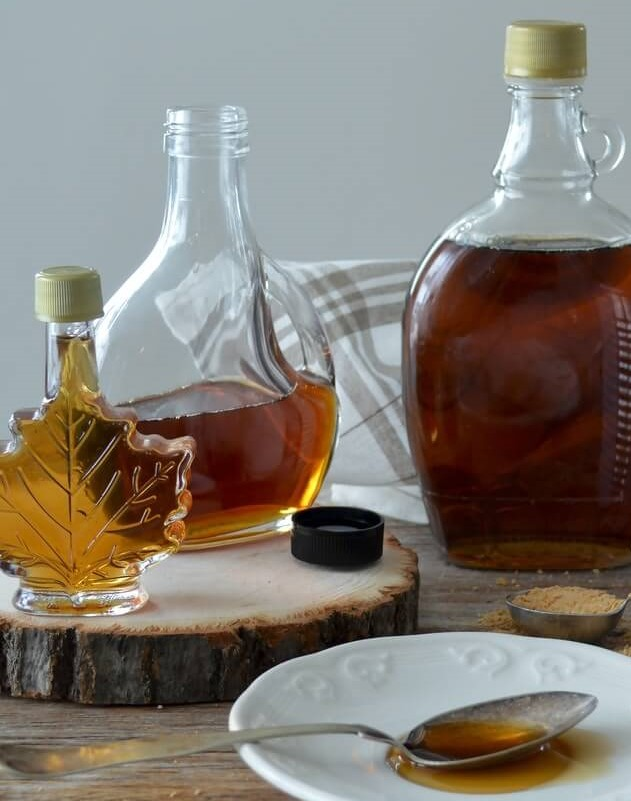 agave-syrup-over-pancakes